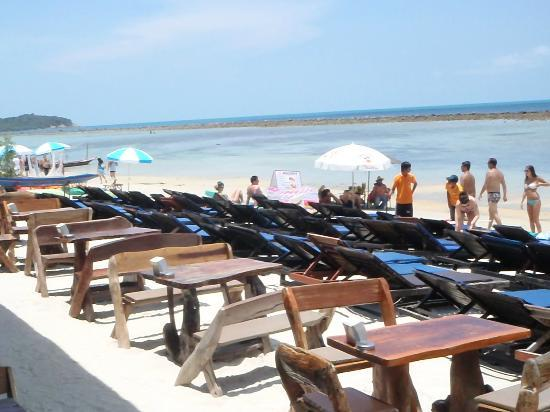 Ark Bar Beach Resort : Beach at hotel