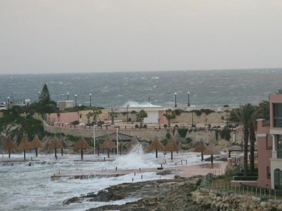 Marina Hotel Corinthia Beach Resort: Sunny Malta!!