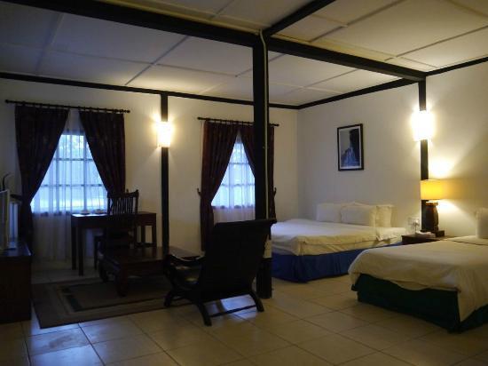 Basaga Holiday Residences: suite room