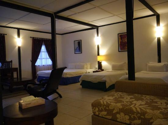Basaga Holiday Residences: suite room
