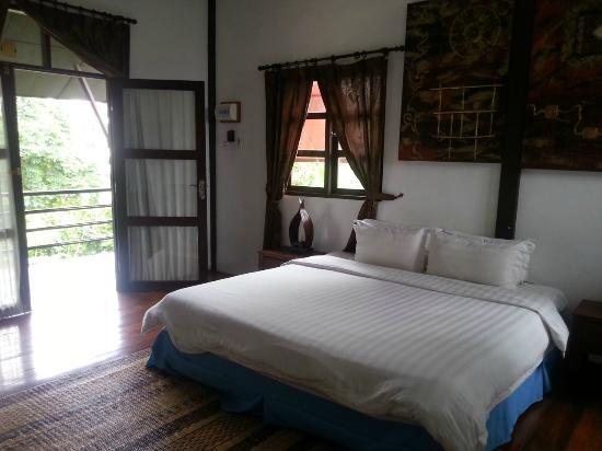 Basaga Holiday Residences: guest room