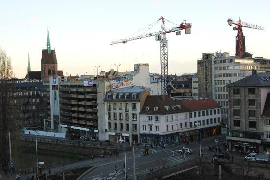 Novotel Strasbourg Centre Halles : The view from our hotel room
