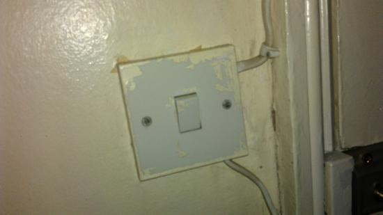 The Continental Hotel: Dodgy Electrics