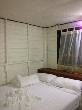 Island View Cabana: bedroom