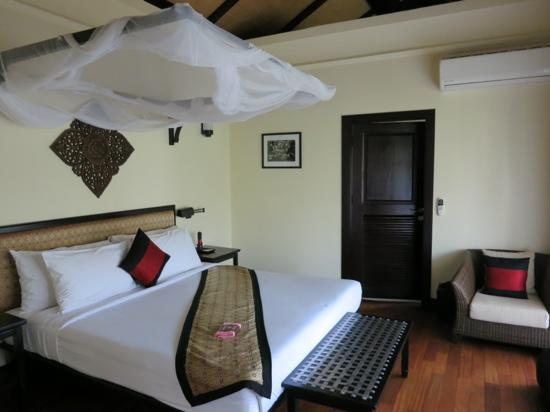 Ansara Hotel: bedroom from the suite