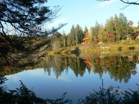 Domaine des Merveilles : Vue sur le lac