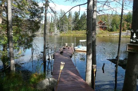 Domaine des Merveilles : Vue sur le lac devant le gite