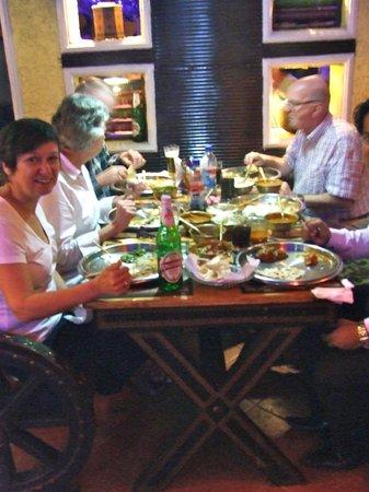 Hotel Gautam Deluxe: Goed diner