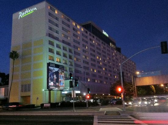 The Concourse Hotel at Los Angeles Airport - A Hyatt Affiliate: Radisson LAX