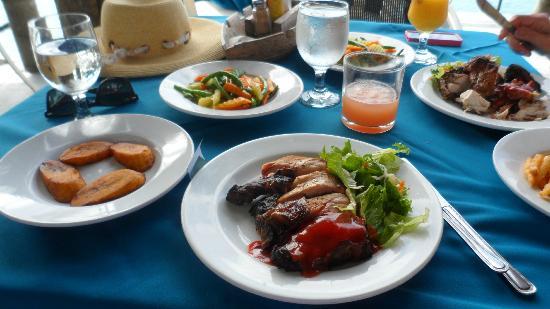 Pier 1: Jerk Chicken lunch at Pier One