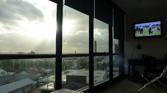 BreakFree Bell City: Panoramic windows
