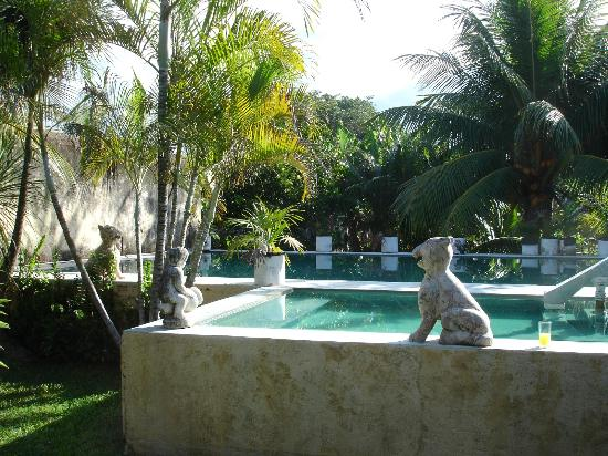 Hacienda San Pedro Nohpat: Pool