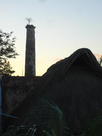 Hacienda San Pedro Nohpat: Hacienda chimney