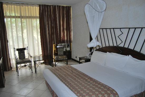 Rainbow Hotel Victoria Falls: chambre