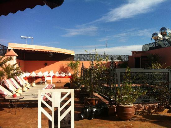 Riad Adriana: terrasse petit déjeuner, moment de plaisir