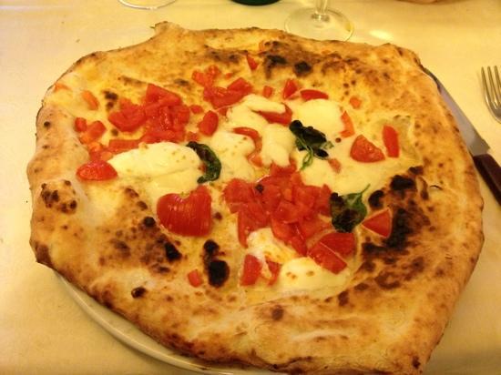 Ristorante Pizzeria Mattozzi : tutto cornicione