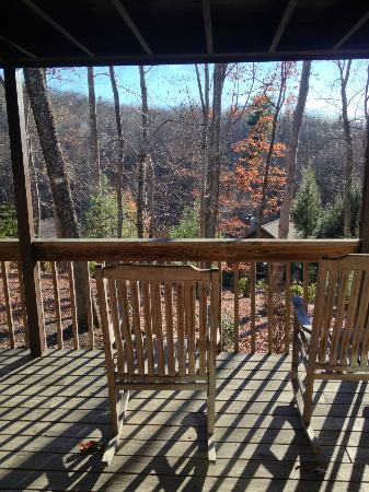 Asheville Cabins of Willow Winds: View from porch