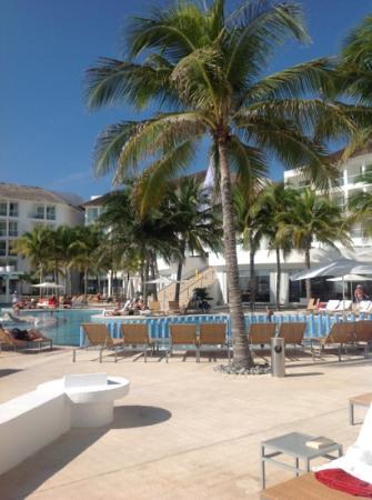 Playacar Palace: hotel view