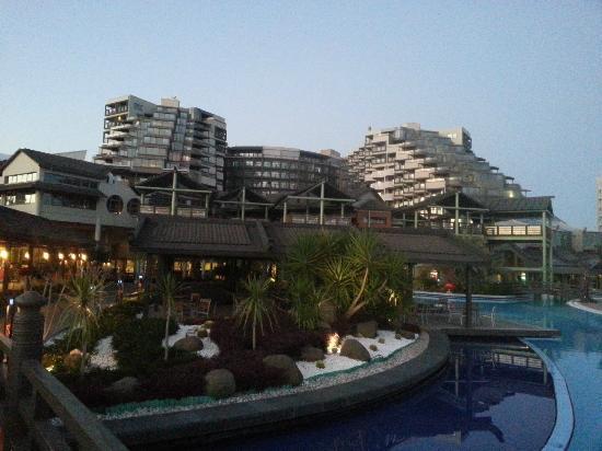 Limak Lara De Luxe Hotel&Resort: Hotel Ansicht