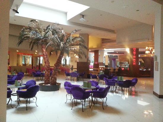 Limak Lara De Luxe Hotel&Resort: Oasisbar