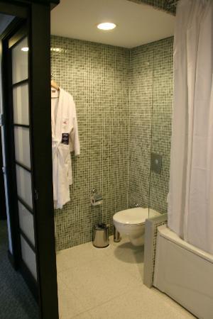 Limak Lara De Luxe Hotel&Resort: Badezimmer