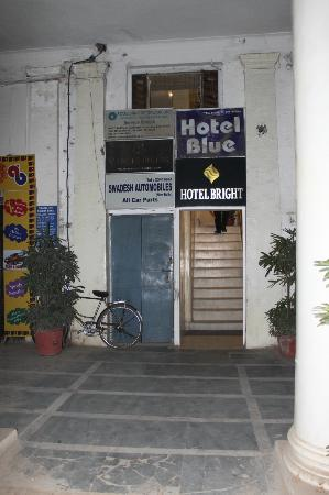 Hotel Bright entry seen from the street
