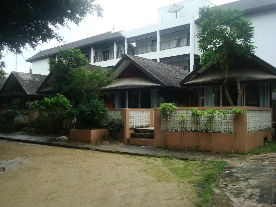 Weekender VIlla Beach Resort: bungalow
