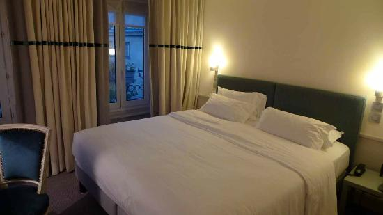 Hotel Parc St. Severin: Classic Room on 4th floor