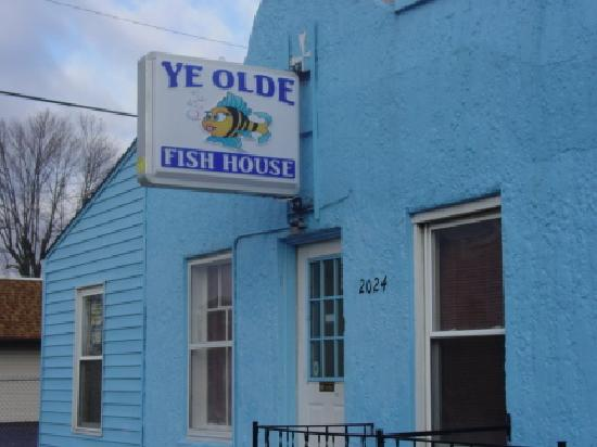 Ye olde fish house columbus restaurant reviews phone for Aaa fish house