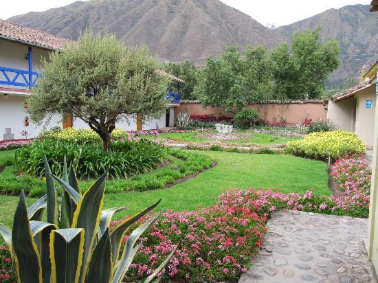 Hotel La Casona De Yucay Valle Sagrado: more gardens