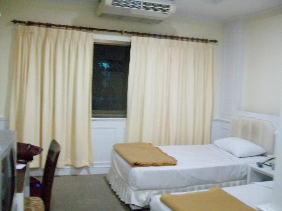 PJ Watergate Hotel: room