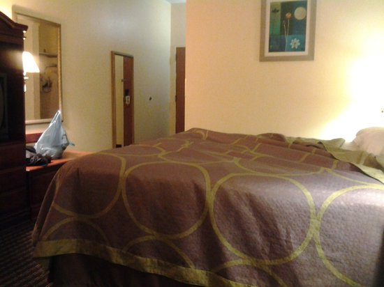 Super 8 Chattanooga/Hamilton Place: Good clean comfortable room.