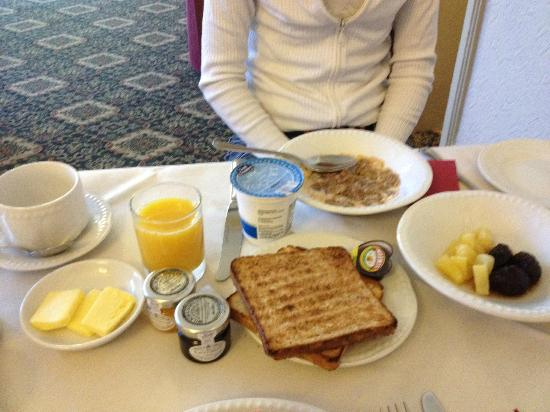 BEST WESTERN Limpley Stoke Hotel : Colazione dolce
