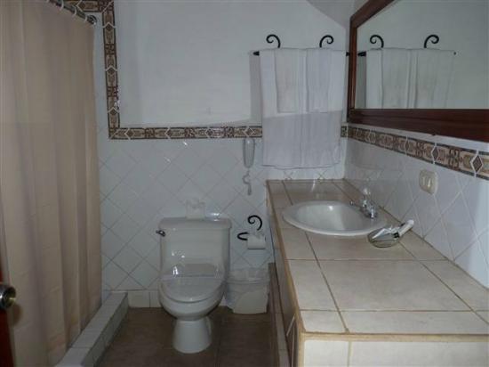 Hotel Alhambra: Bad