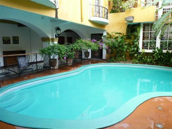 Hotel Alhambra: Pool