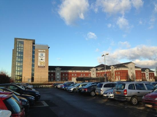 Clayton Hotel Manchester Airport: L'hotel dall'esterno