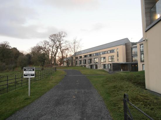 Radisson Blu Farnham Estate Hotel, Cavan: rooms from front of hotel