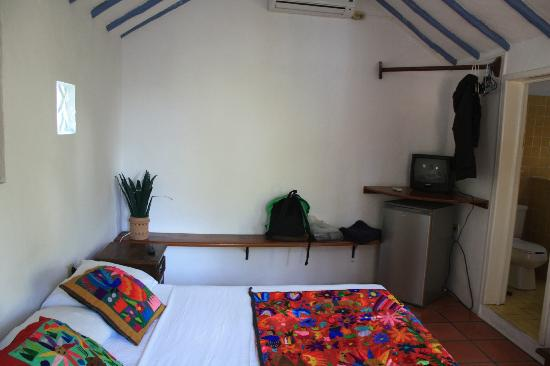 Tamarindo Bed and Breakfast: My room