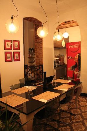 Nevsa Cafe & Restaurant : Interior