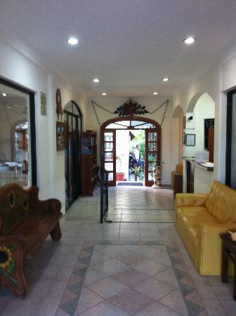 Hotel el Moro: The lobby area of the hotel