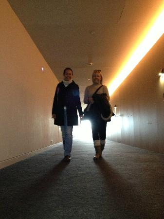 Alma Pamplona Muga de Beloso : Pasillo de habitaciones = pasarela de modas