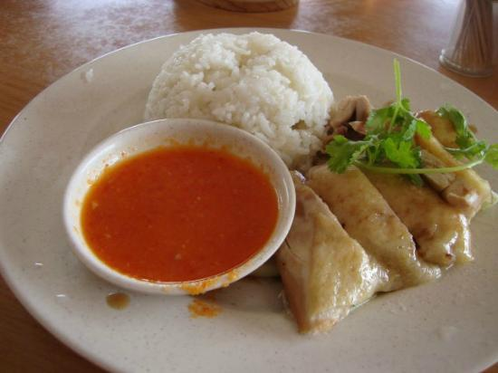 Langkawi Hainanese Cafe : the famous and flavorful hainanese chicken rice in Langkawi