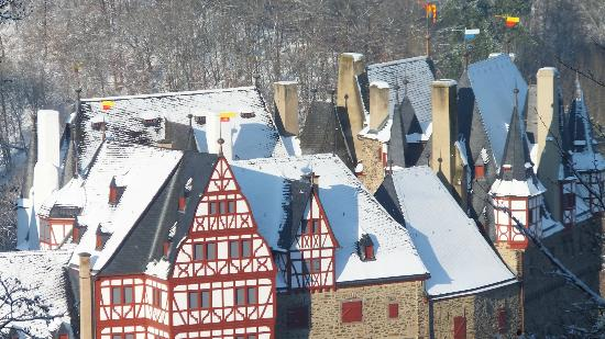Moselkern, Γερμανία: Blick auf Burg Elz