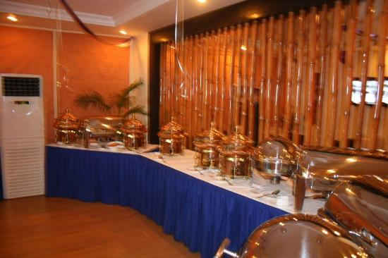 Serendib Restaurant & Bar: Buffet area only on special events