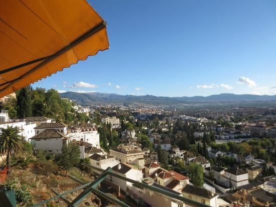 Hotel Alhambra Palace: Amazing view from the outside bar