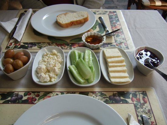 Nazhan Hotel & Cafe: Breakfast