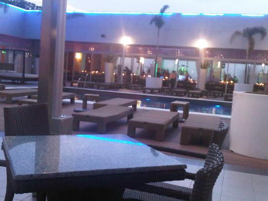 Hotel Riu Plaza Guadalajara: pool area