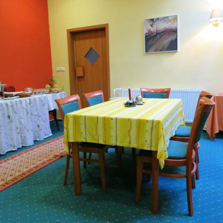 Hotel Club Kyjov: dining room