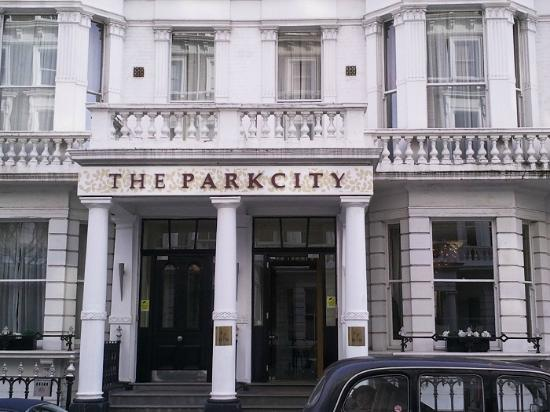 The Park City Grand Plaza Kensington Hotel: Esterno