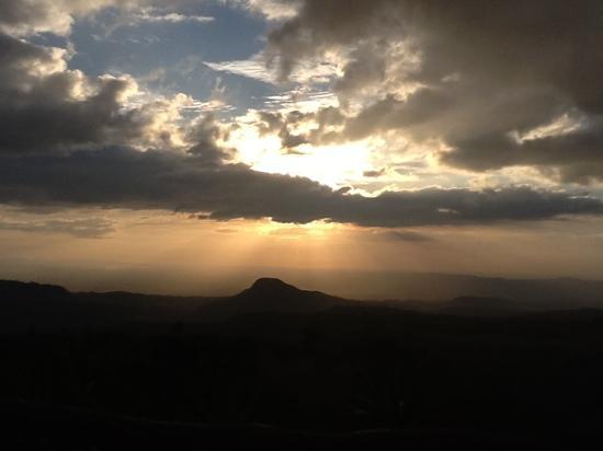 Hotel Borinquen Mountain Resort: Buena Vista Sunset